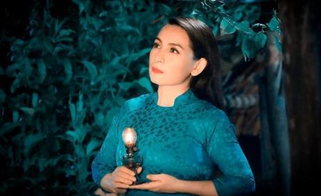 suc-khoe-phi-nhung-chuyen-xau-sao-viet-dong-loat-cau-nguyen-401.html