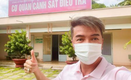 dam-vinh-hung-xac-nhan-da-lam-viec-voi-co-quan-chuc-nang-tuyen-bo-cuc-cang-ve-vu-kien-tung-voi-ba-phuong-hang-416.html